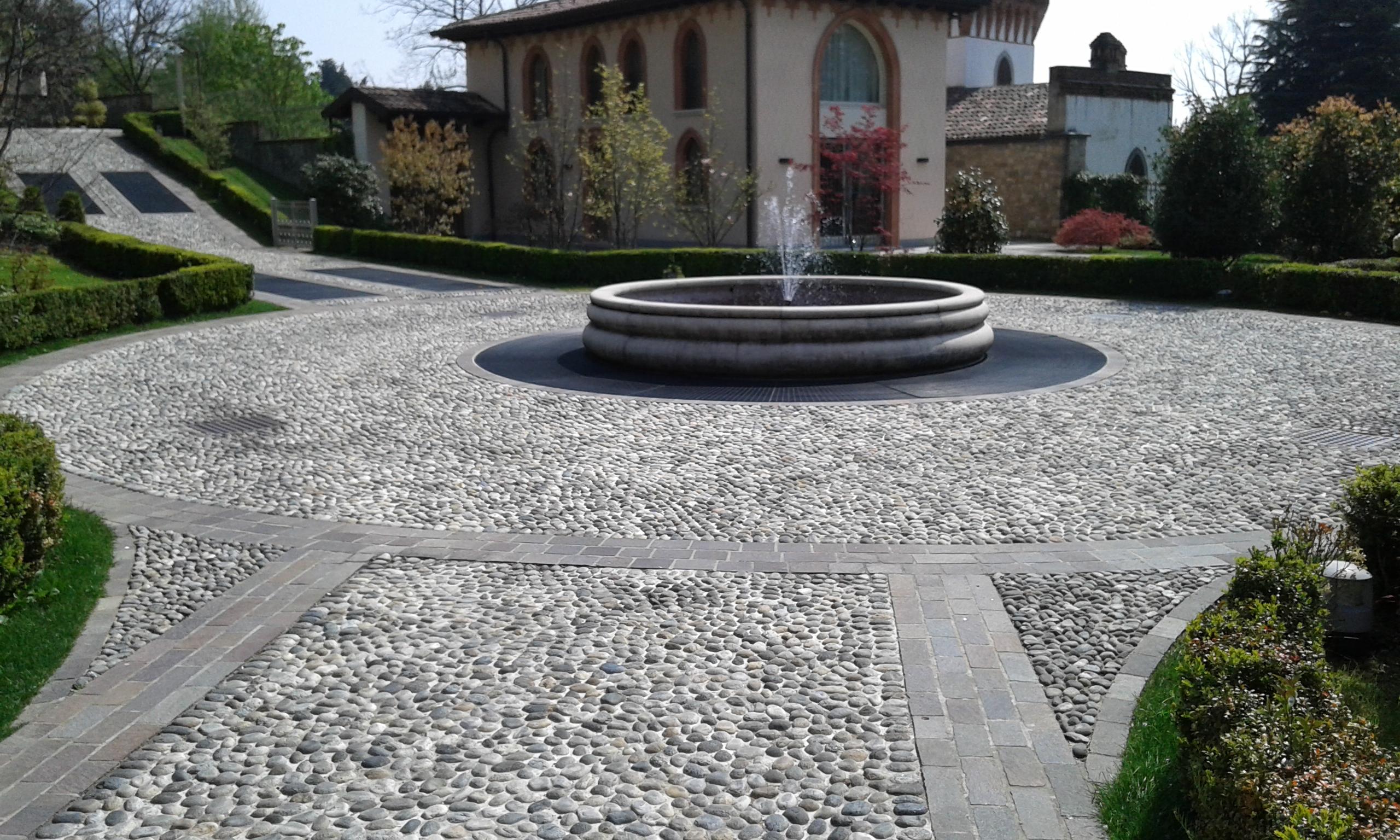 Vialetti In Pietra Prezzi pavimenti e rivestimenti pietra brescia | pietranova