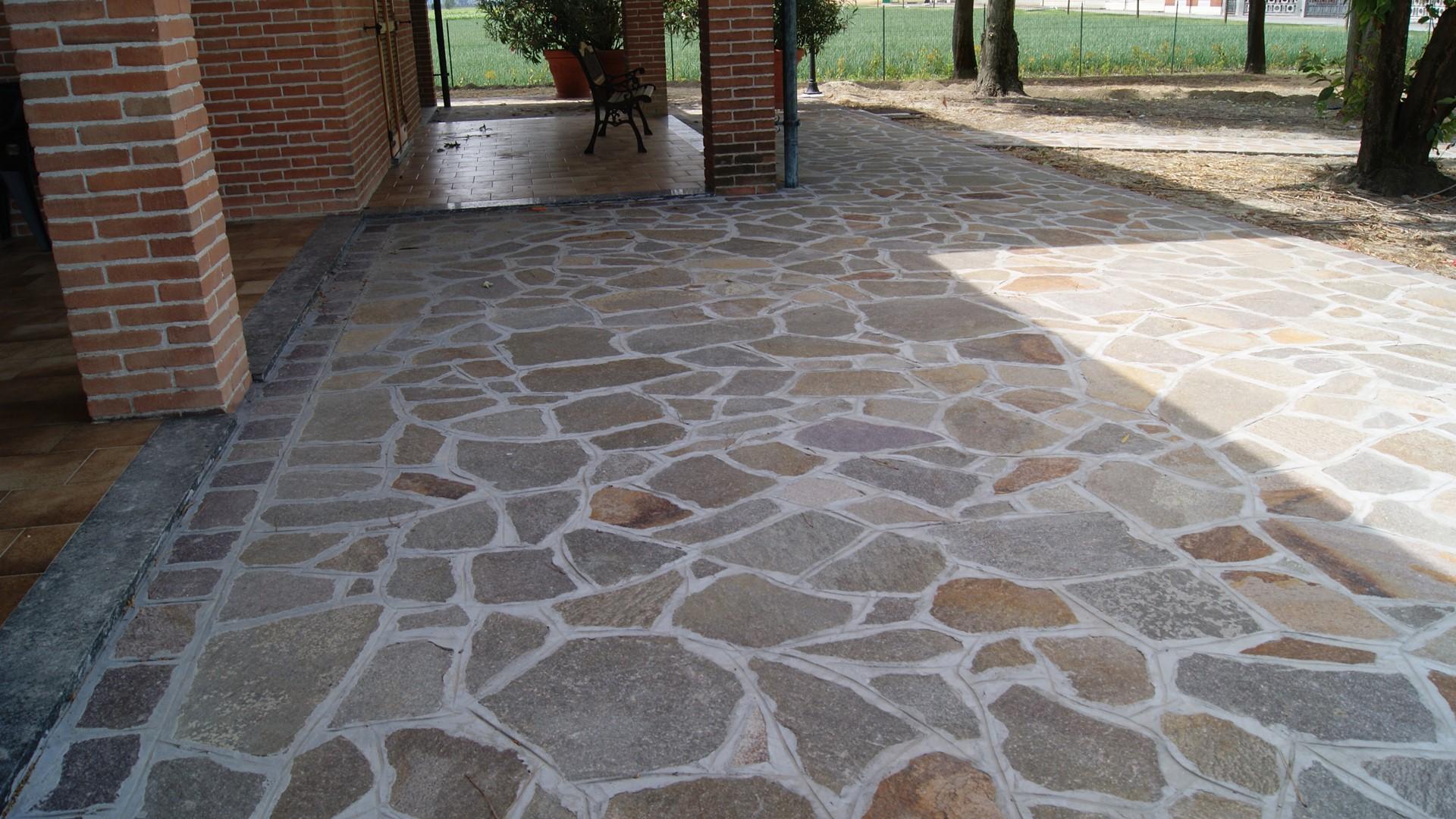 Pavimentazione Giardino In Pietra pavimenti pietra naturale bergamo | pietranova