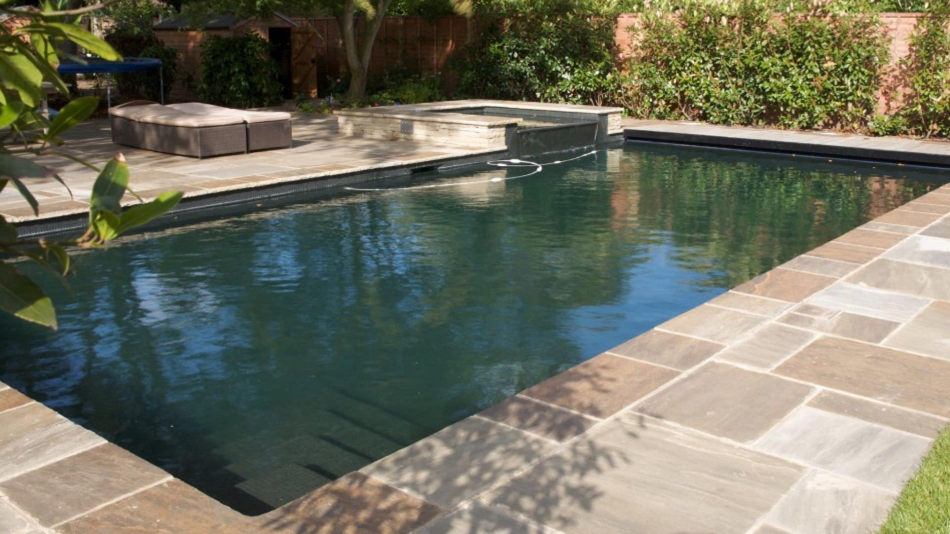 Pulizia manutenzione piscine bergamo pietranova - Piscine in pietra ...